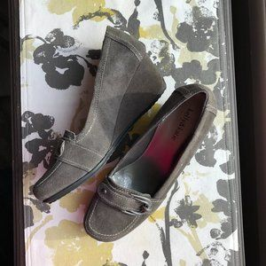 KELLY & KATIE SANDRO GRAY LEATHER/SUEDE SHOES SZ10
